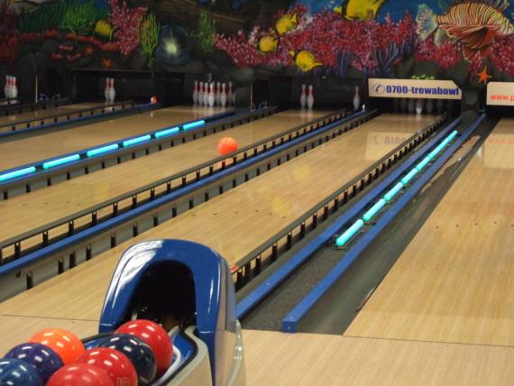 Pauly Kegelbahnenbau, Bowlingbahnenbau